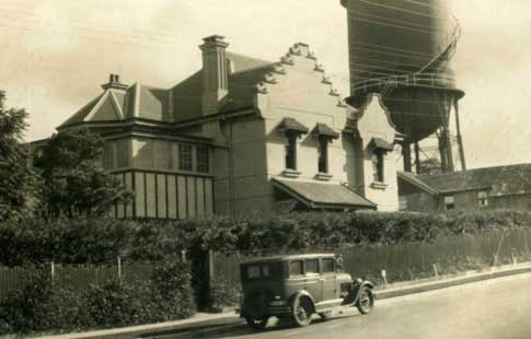 Old Murray House c1930 CROPPED