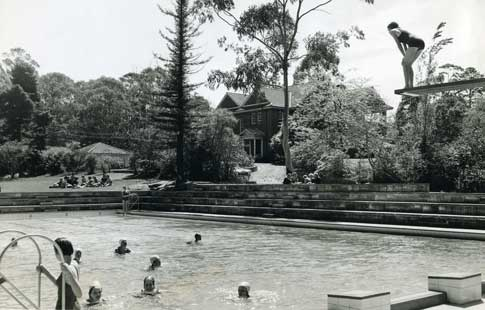 pool-and-Read-House-1960
